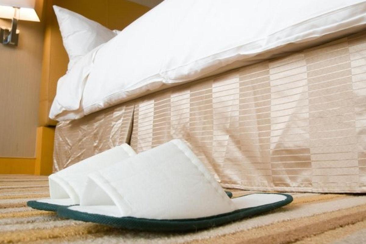 Одноразовые тапочки для гостиниц и отелей